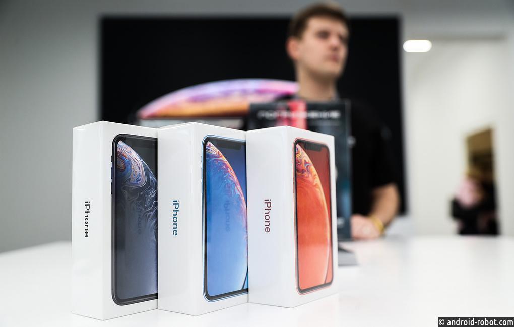Смартфон Xiaomi возглавил топ-5 самых известных телефонов 2018 года в РФ