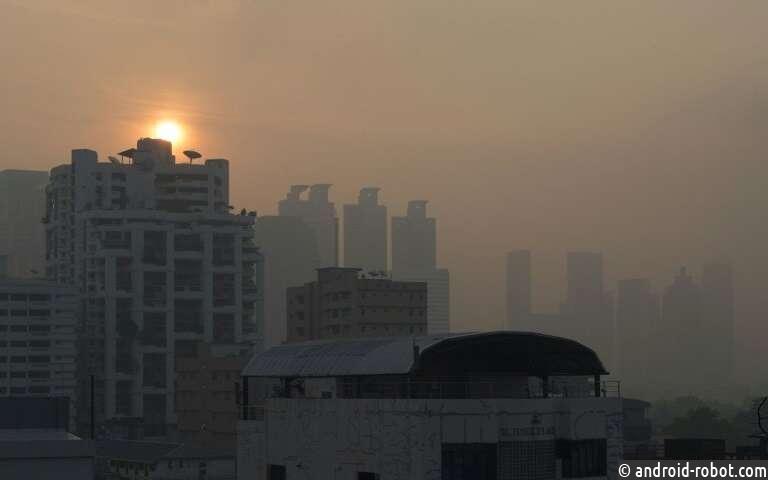 Таиланд запускает дождевые самолеты для посадки облаков, чтобы бороться с загрязнением среды