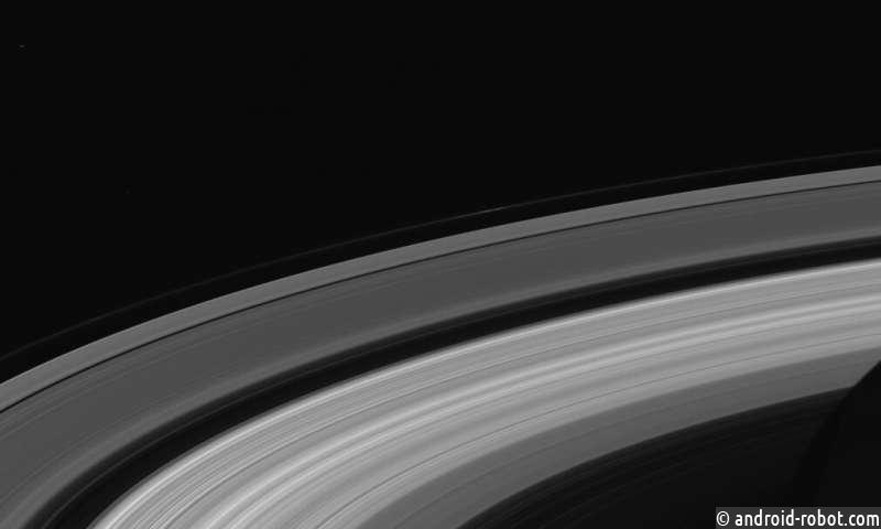 Волны в кольцах Сатурна дают точное измерение скорости вращения планеты