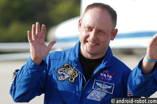 NASA заменила астронавта, назначенного на первый запуск Boeing