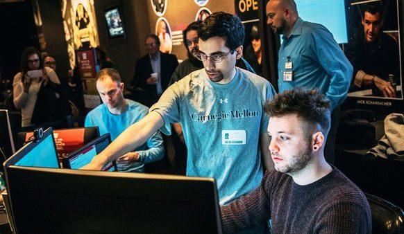 Робот, играющий в покер теперь работает в Пентагоне