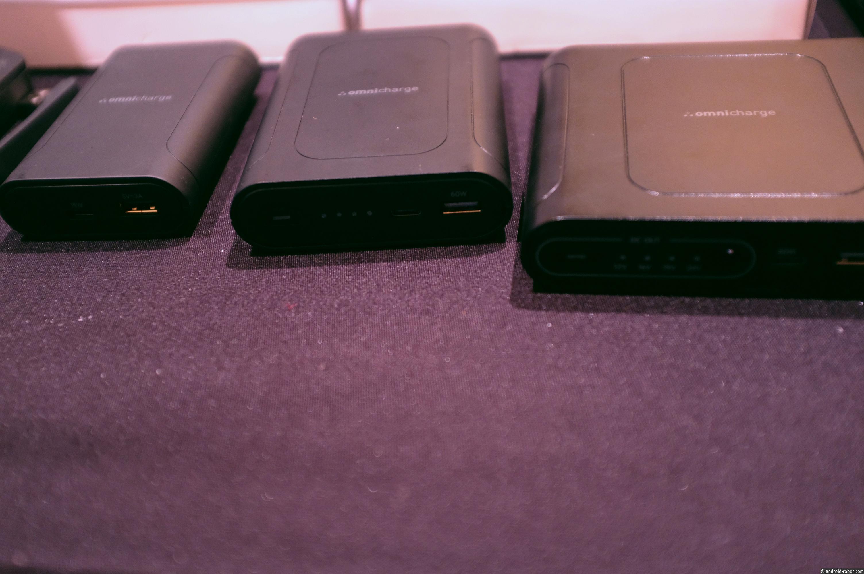 Новый блок питания OmniCharge оснащен сменной батареей емкостью 40 300 мАч