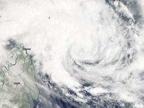 Спутник НАСА показывает тропический циклон Гелена около Мадагаскара