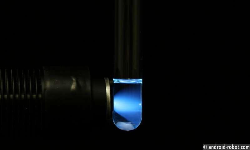 Химики используют силу света для решения асимметричных молекул