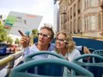 Королевский театр Британии приобрел видеоочки Epson для зрителей с нарушением слуха