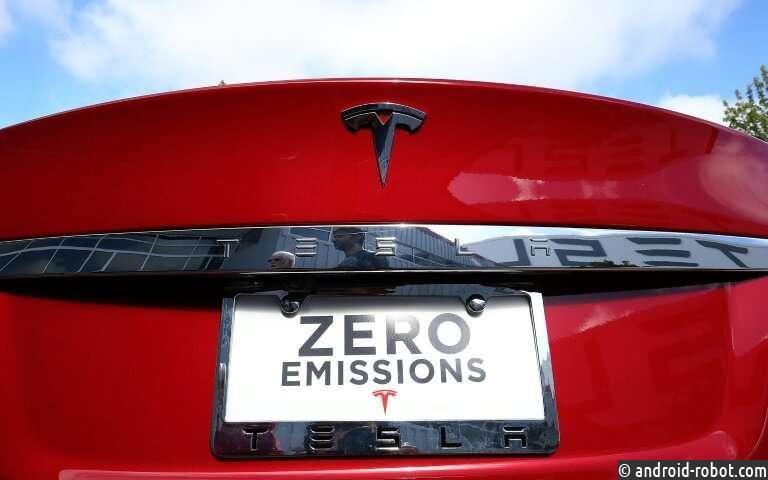 Илон Маск призывает рабочих помочь в поставках автомобилей