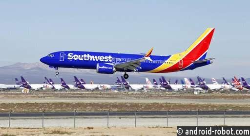 Авиакомпания Southwest Airlines не планирует использовать самолеты Boeing Max до августа