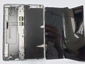 Складной Samsung Galaxy Fold сразу сломался