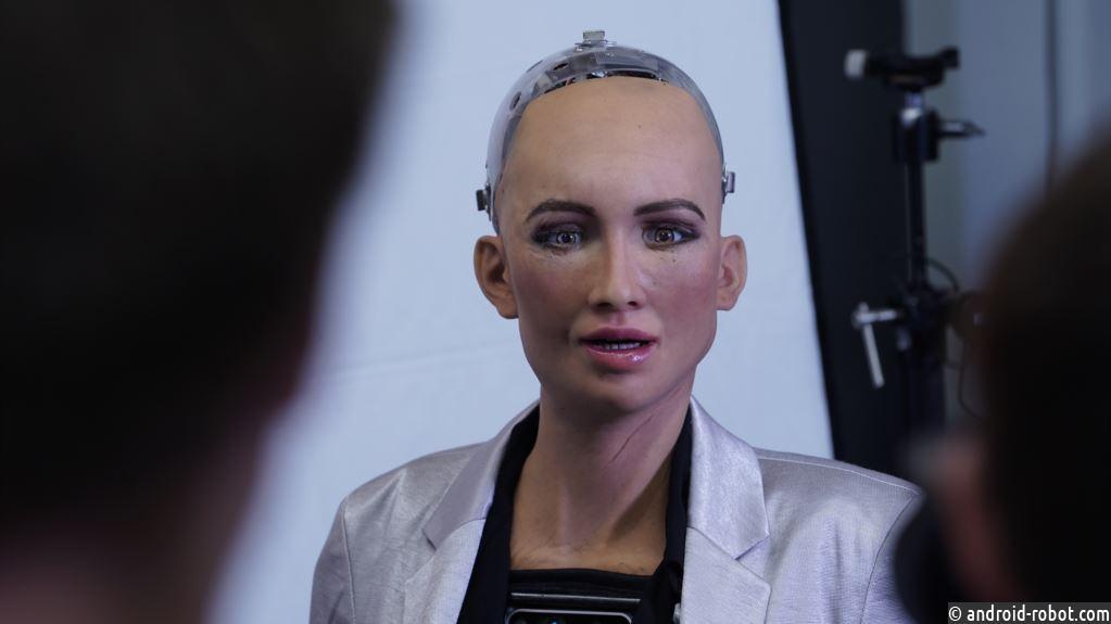 Ученые: Роботов и ИИ сложнее всего обучить юмору