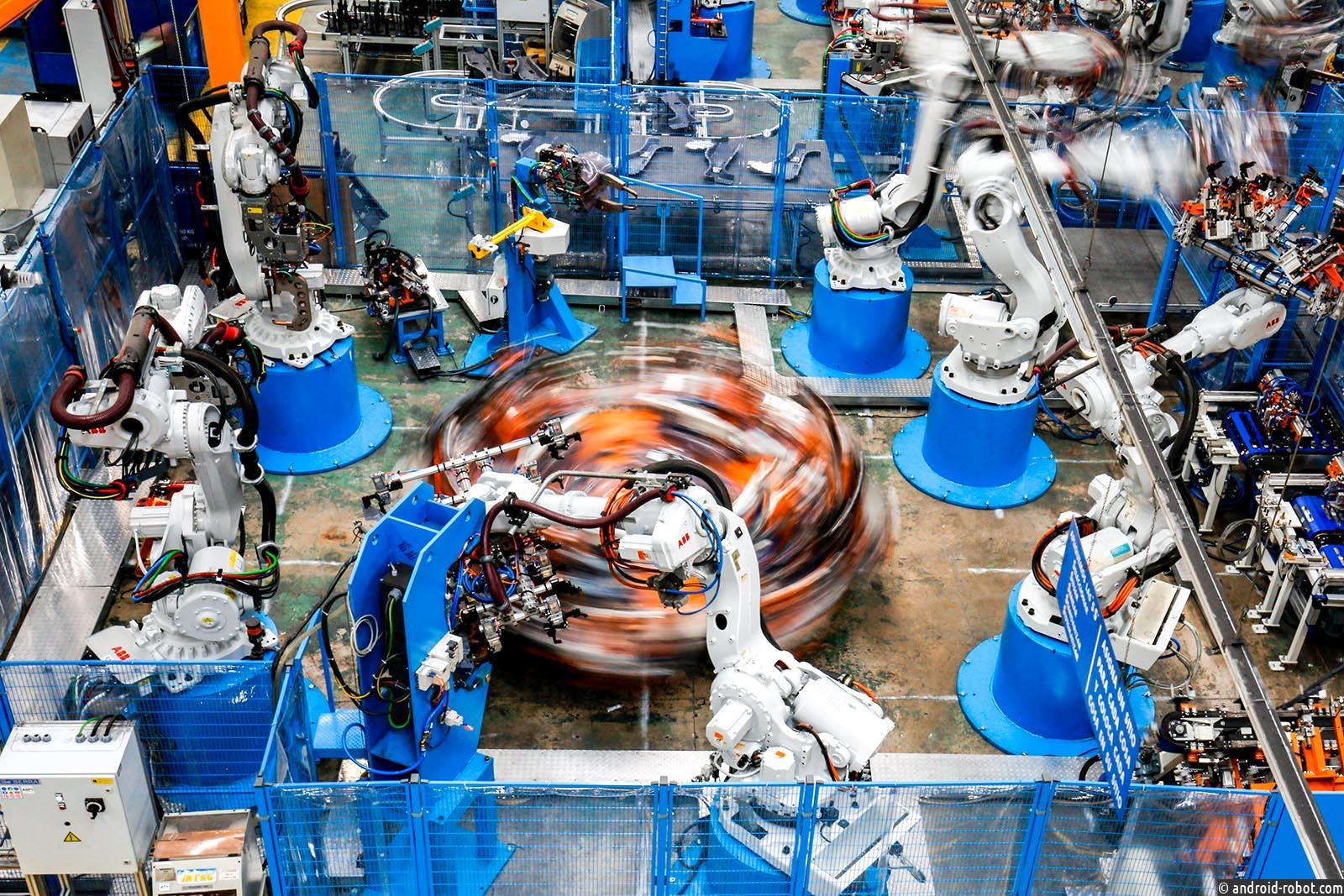 Азия лидирует по внедрению промышленных роботов