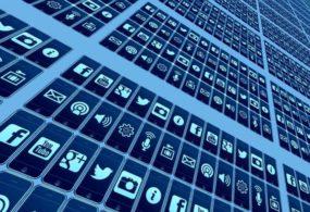 Великобритания предлагает запретить «лайки» в социальных сетях для детей