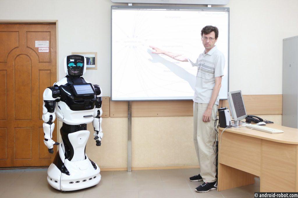 В российском вузе начнут онлайн готовить робототехников — впервые в мире