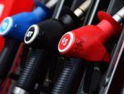 Росстат: Недельные цены набензин снова увеличились на0,1%