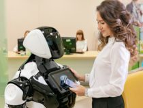 В российском банке начнет работать робот