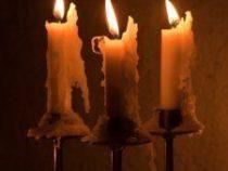 В Пятигорске действует услуга по доставке свечей на кладбище