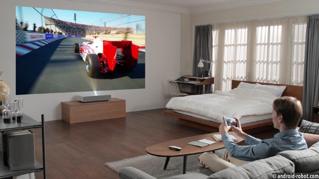 Представлен ультракороткофокусный проектор LG LASER 4K CINEBEAM LG HU85LS