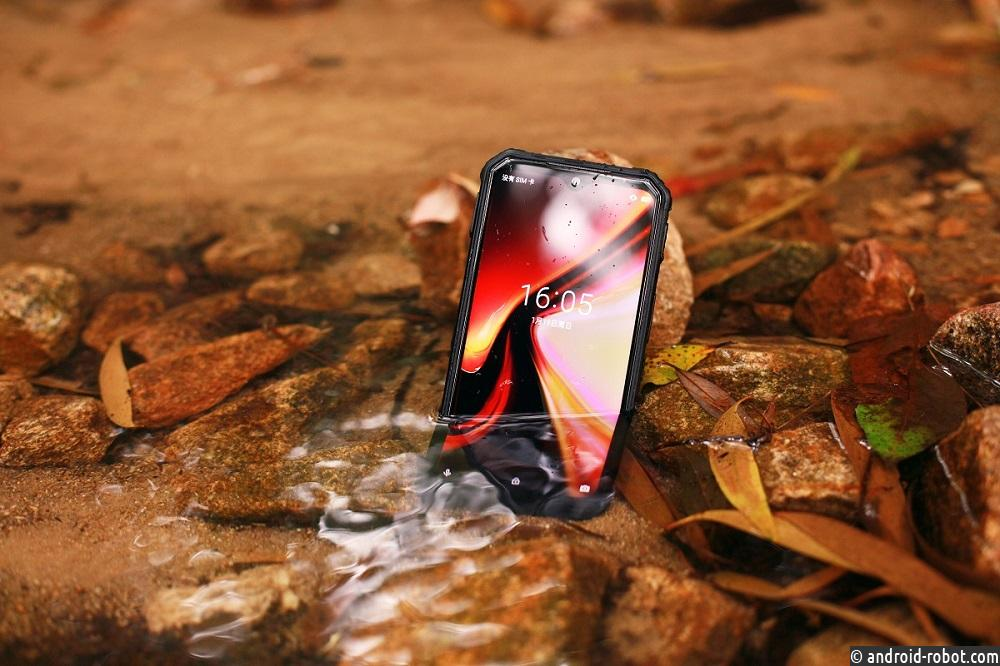 Представлен многофункциональный ударопрочный смартфон DOOGEE S95