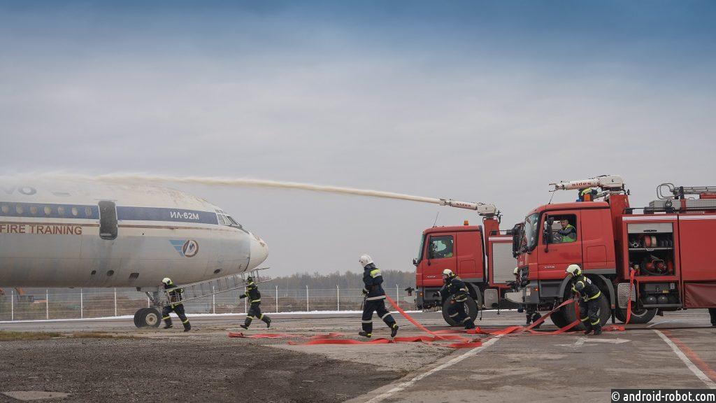 В аэропорту Домодедово отработали действия при ЧС в условиях распространения COVID-19