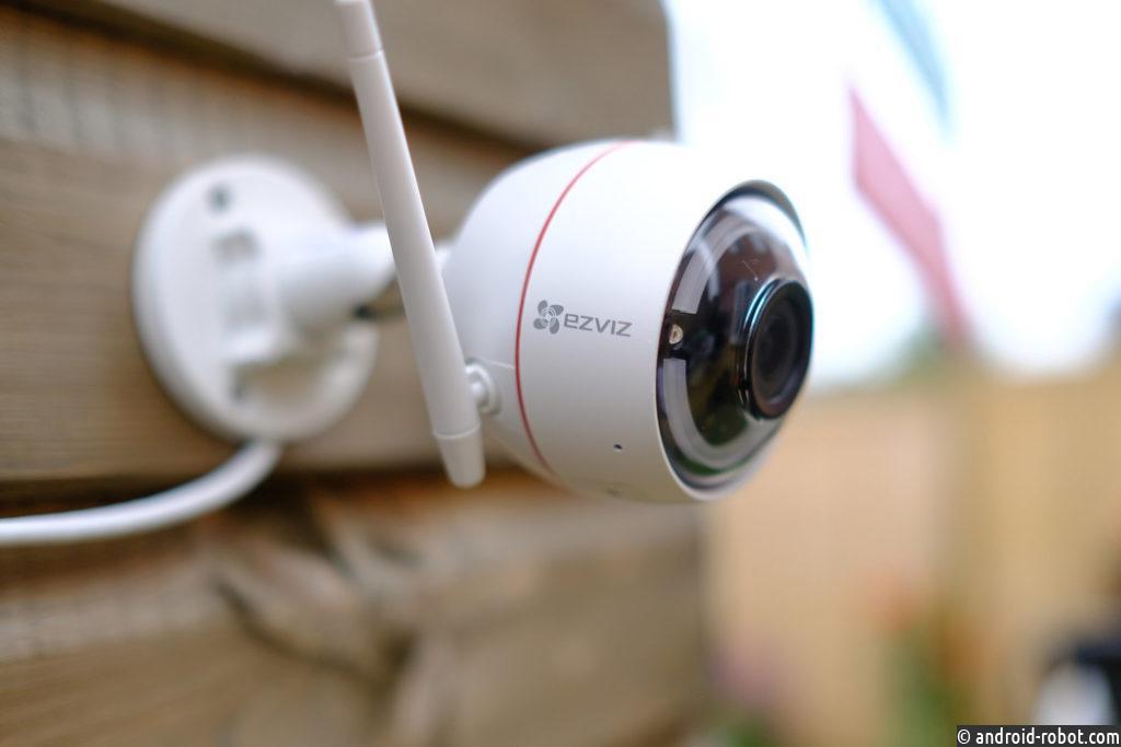 EZVIZ C3W Pro с усовершенствованной технологией цветной ночной съемки