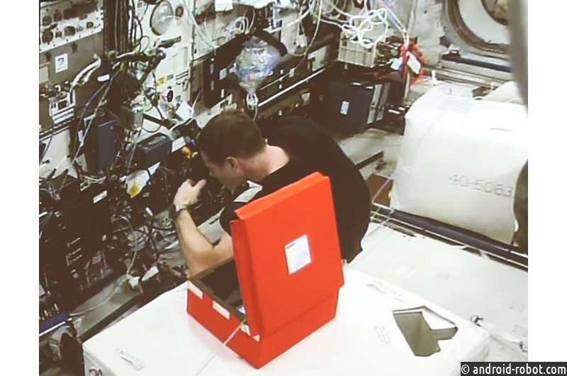 Оптоволоконные световоды, обнаруживающие радиацию, установлены на МКС